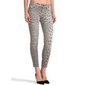 Current/Elliott the Stiletto gray leopard jean